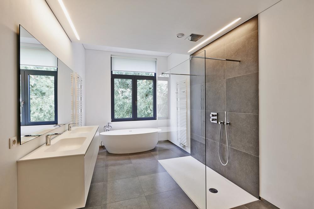 Choisir la bonne fenêtre pour sa salle de bain – Internorm