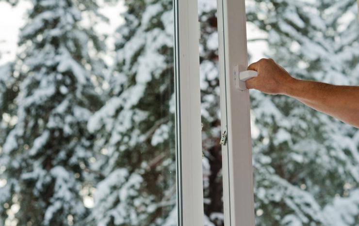Remplacer vos portes et fenêtres en hiver : c'est possible !