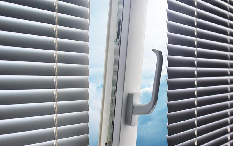 Quels rideaux pour mes portes-fenêtres ? – Internorm