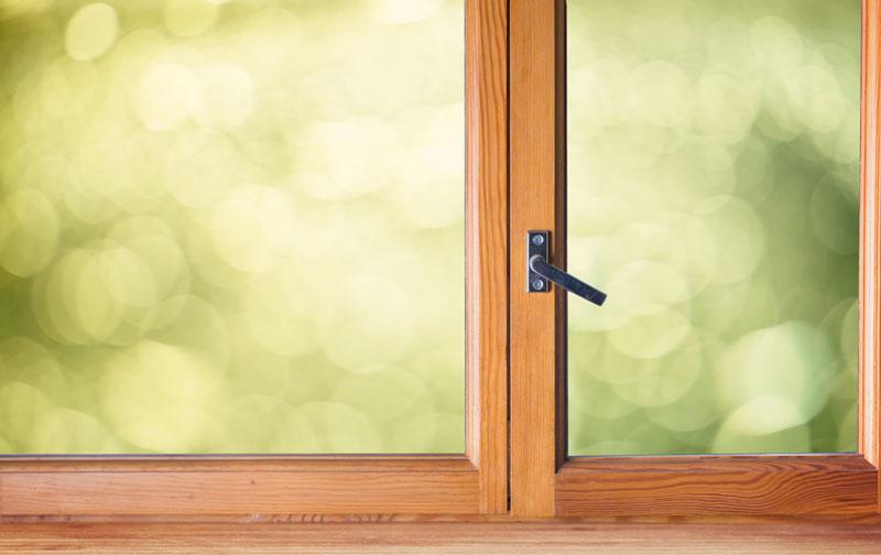 Comment entretenir ses menuiseries et fenêtres en bois ?