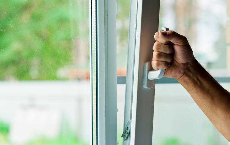 Comment nettoyer fenêtres PVC ?
