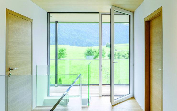 Ouvrir vos fenêtres est-il suffisant pour bien aérer votre logement ?