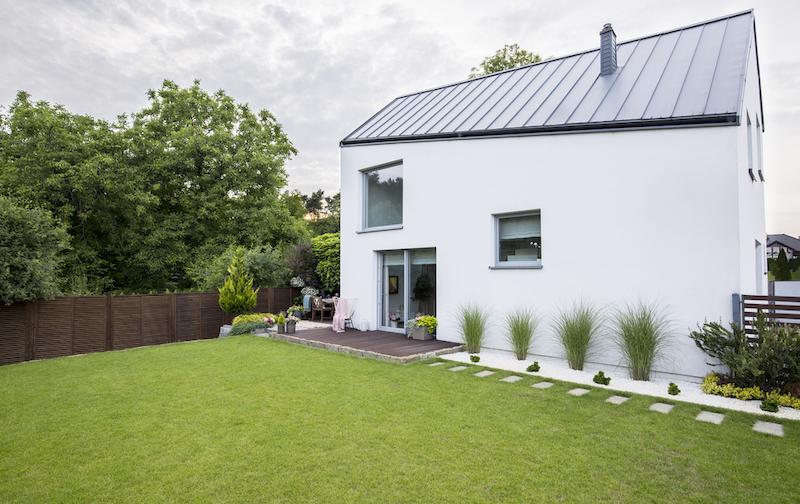 4 astuces pour une maison fraîche et ombragée