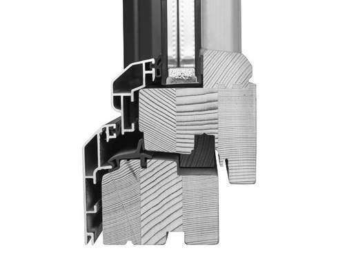 2001 : démarrage de la production de fenêtres bois/alu